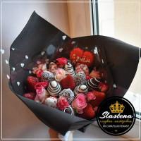 Букет из клубники и цветов - КБ13