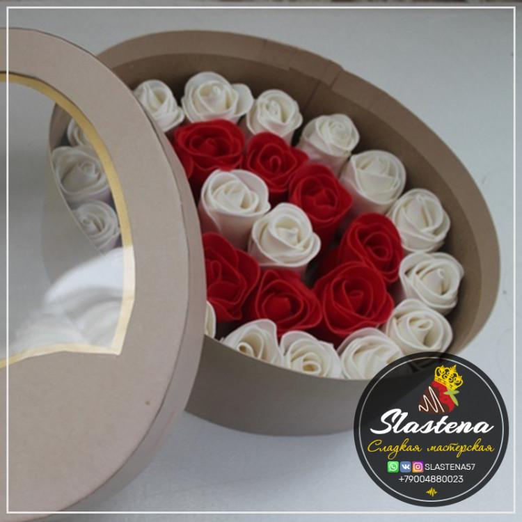 Съедобные розы артСР3 красные белые