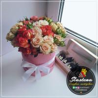 Шляпная коробочка из цветов ШП10